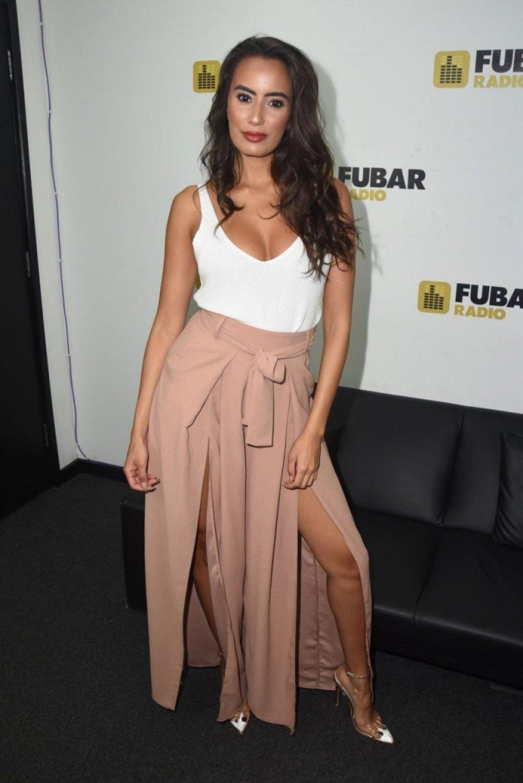 Nabila Badda Sexy (10 Photos)