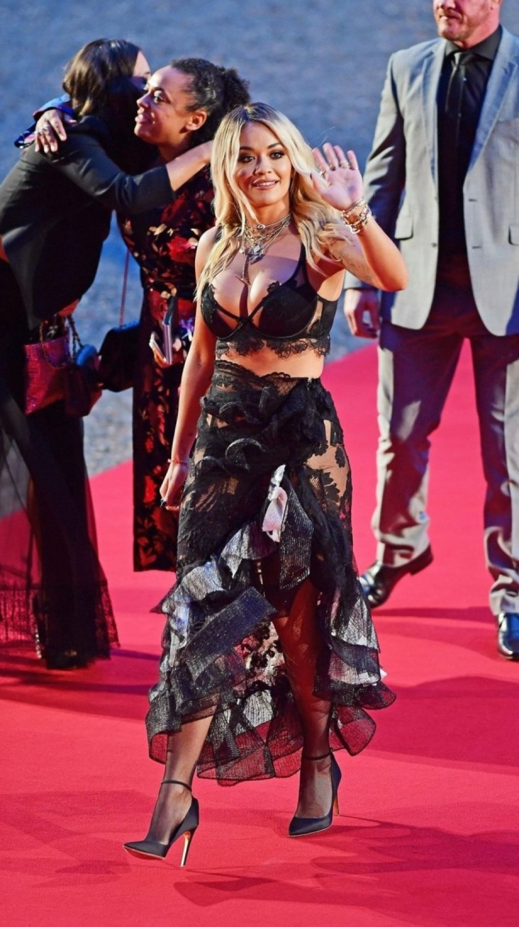 Rita Ora Sexy (15 Photos)