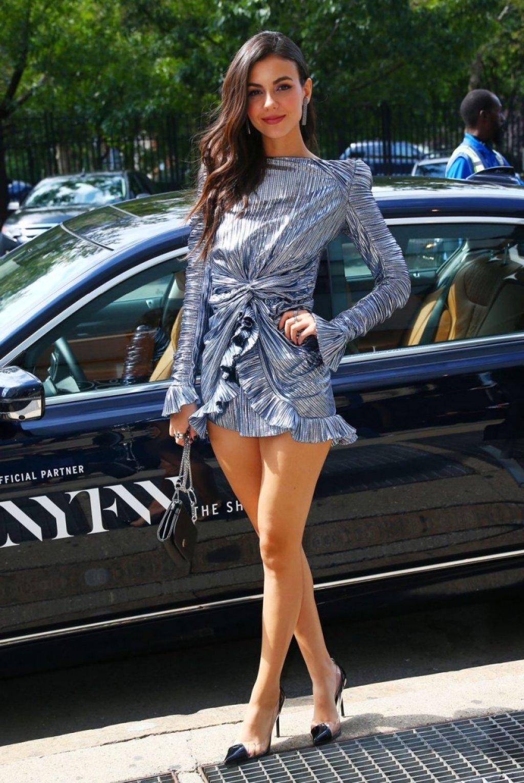 Victoria Justice Sexy (57 Photos)
