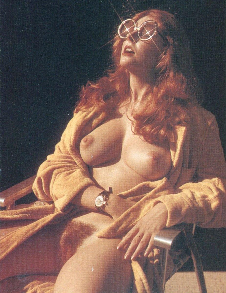 Cassandra Peterson (Elvira) Nude (60 Photos & Video)