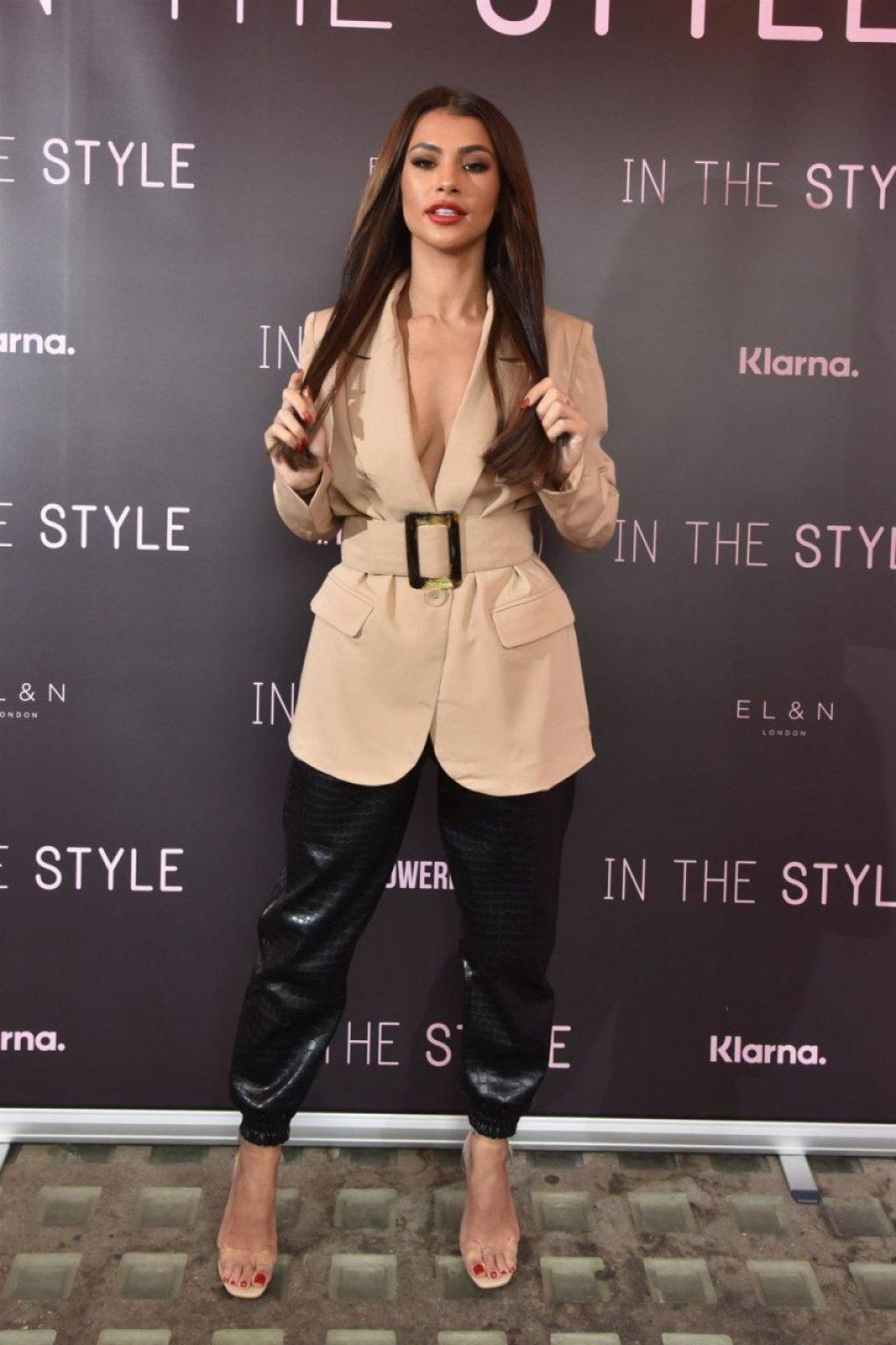 Joanna Chimonides Sexy (100 Photos)