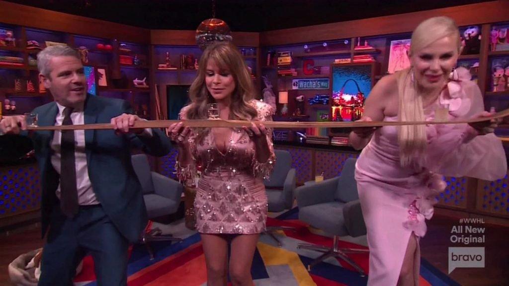 Paula Abdul Sexy (27 Pics + Video)