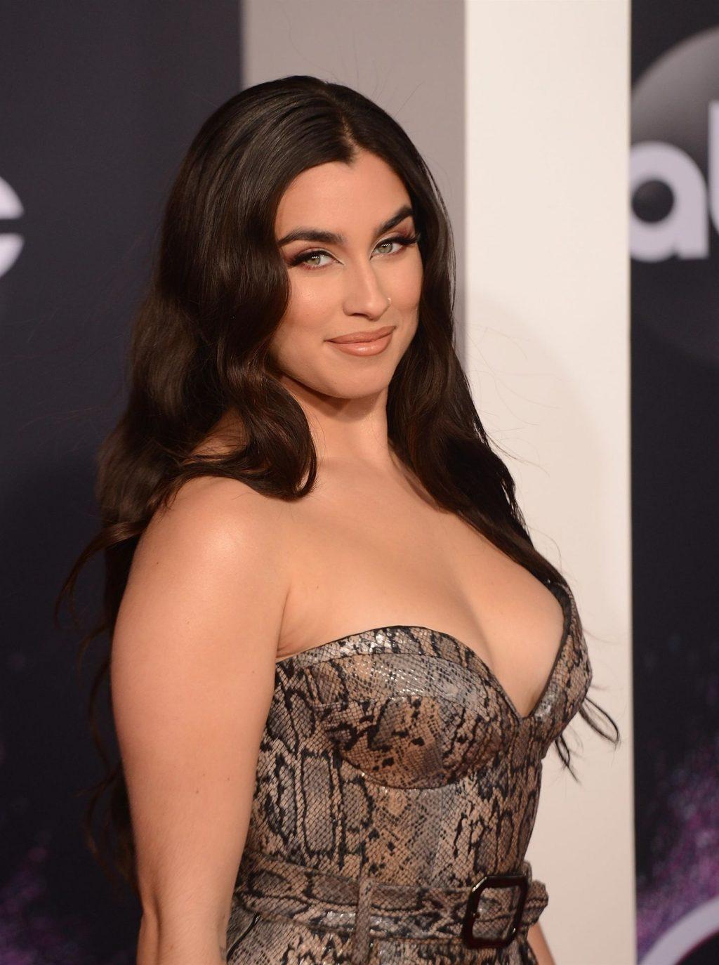 Lauren Jauregui Sexy (33 Photos)