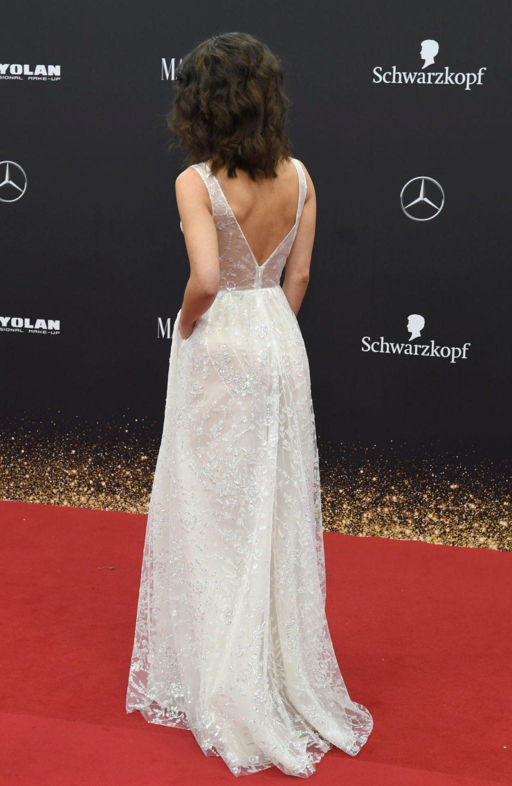 Lena Meyer-Landrut Sexy (33 Photos + Video)