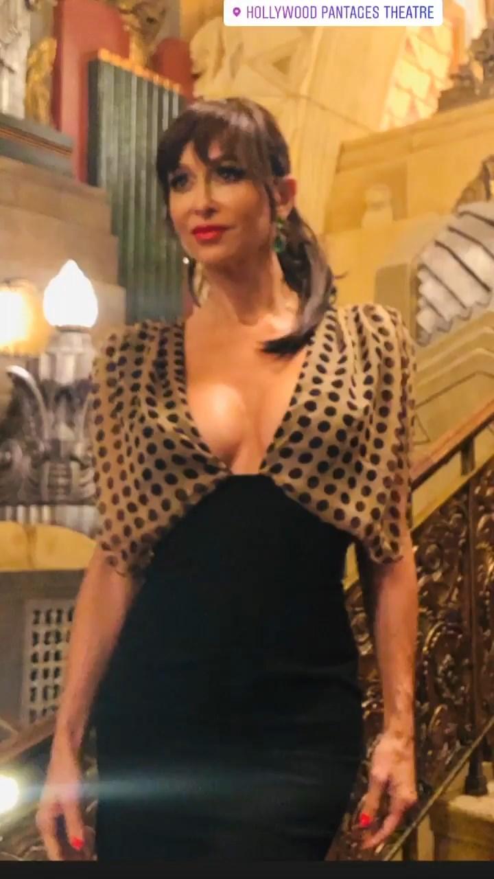 Sofia Milos Sexy (22 Photos + Video)