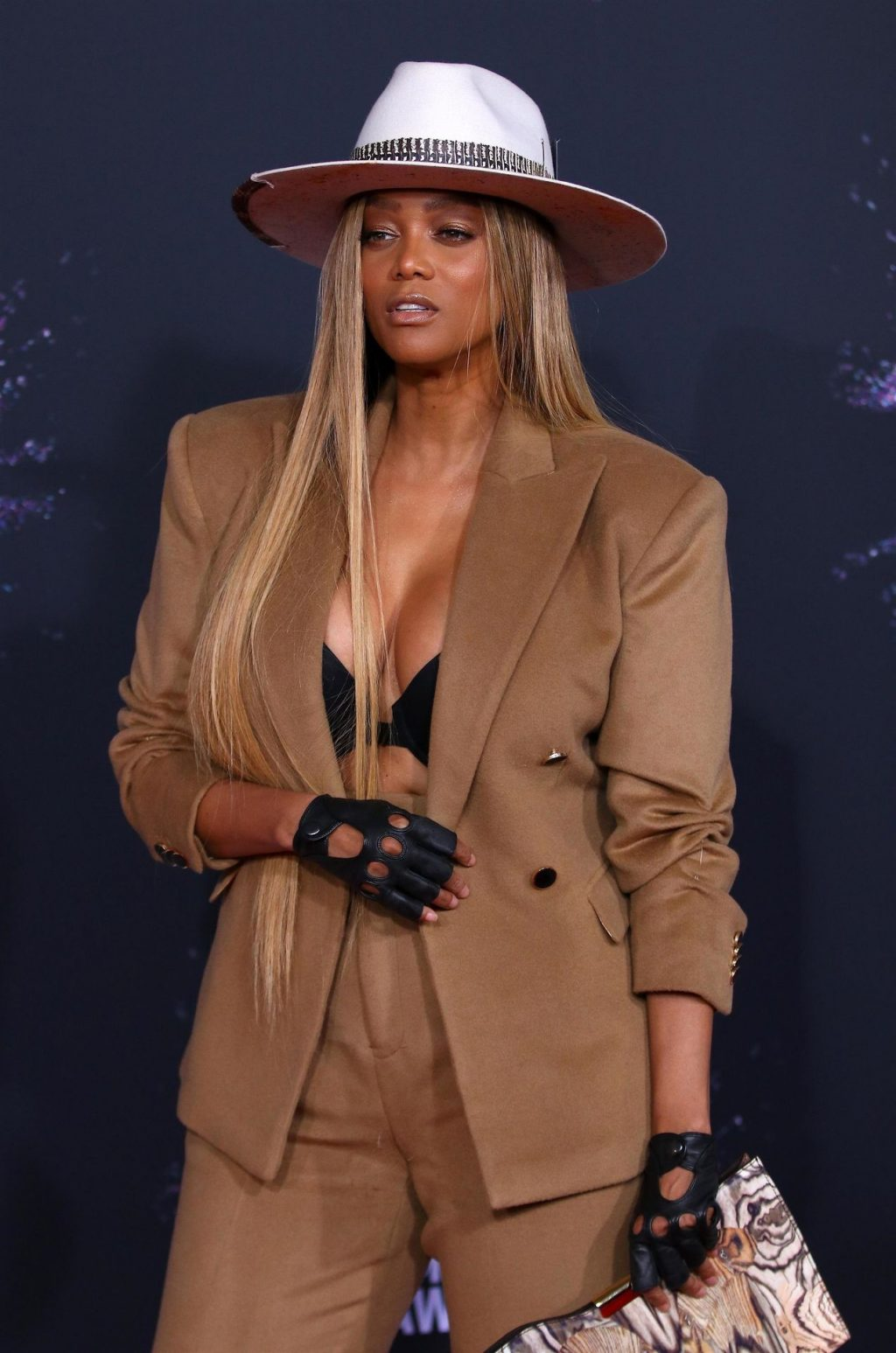Tyra Banks Sexy (26 Photos)