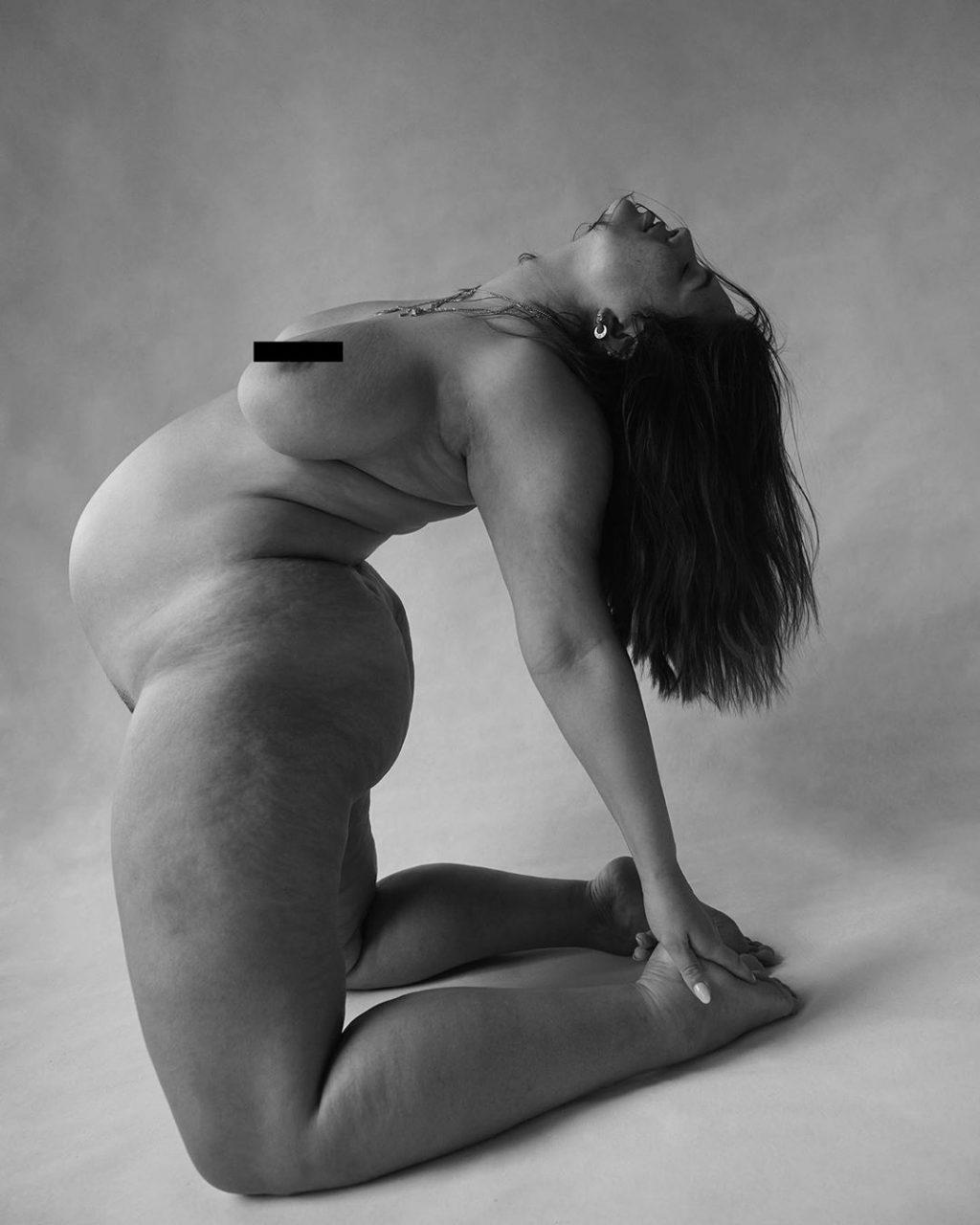 Ashley Graham Nude (1 Hot Photo)