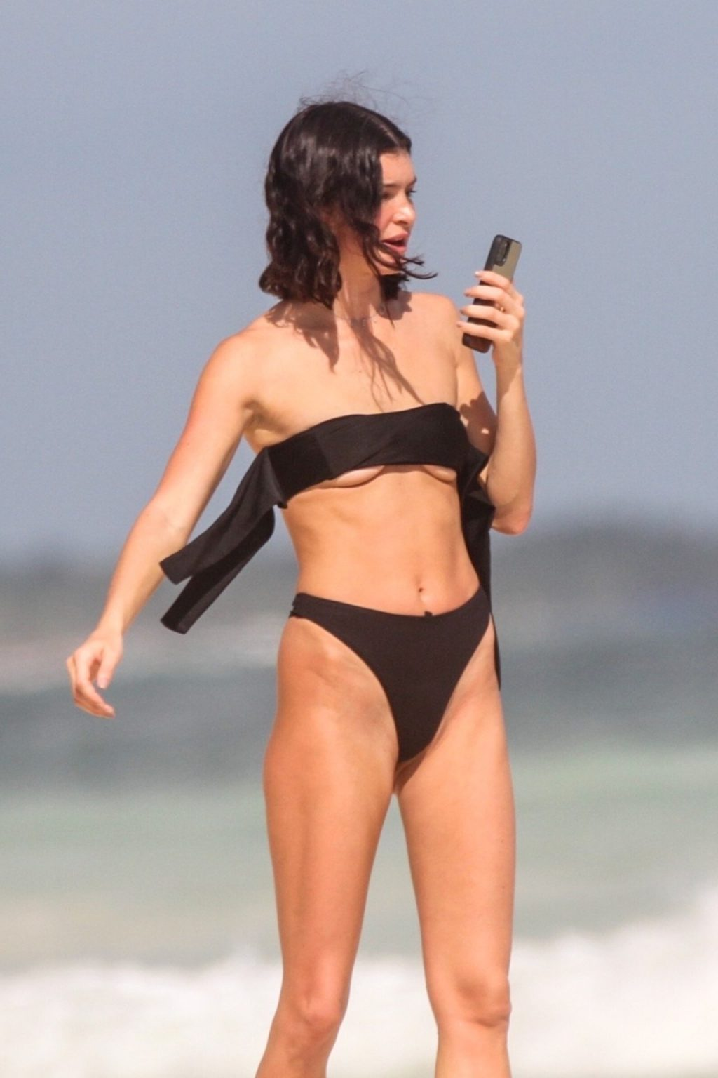 Bella Banos Sexy (32 Photos)