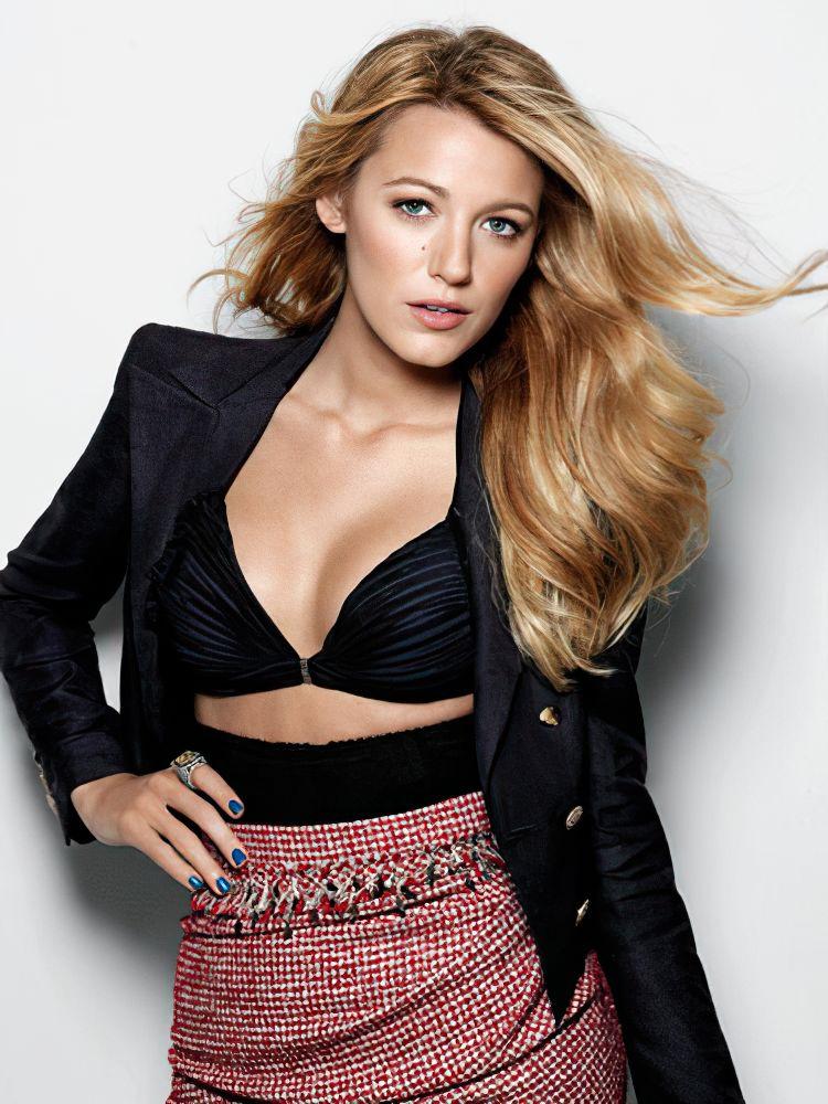 Blake Lively Sexy (10 Photos)