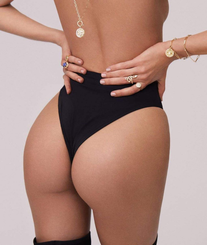 Candice Swanepoel Sexy (4 Hot Photos)