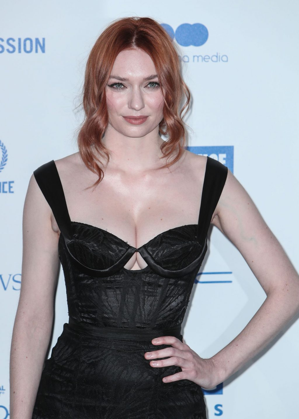 Eleanor Tomlinson Sexy (31 Photos)