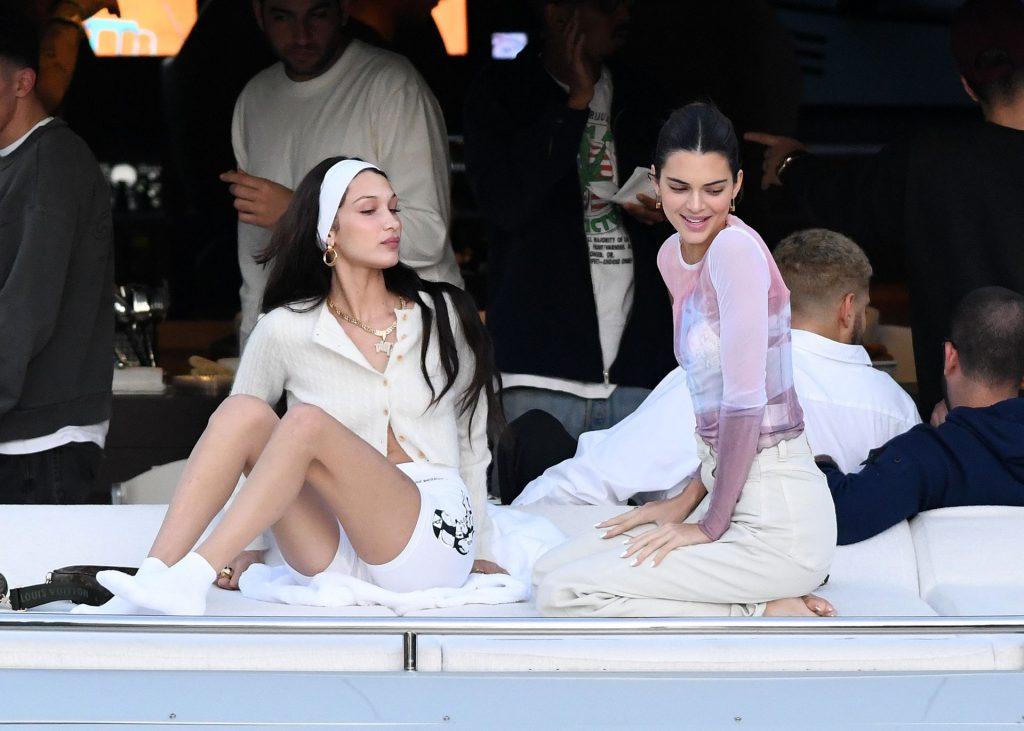Kendall Jenner, Bella Hadid, Kourtney Kardashian Sexy (65 Photos)