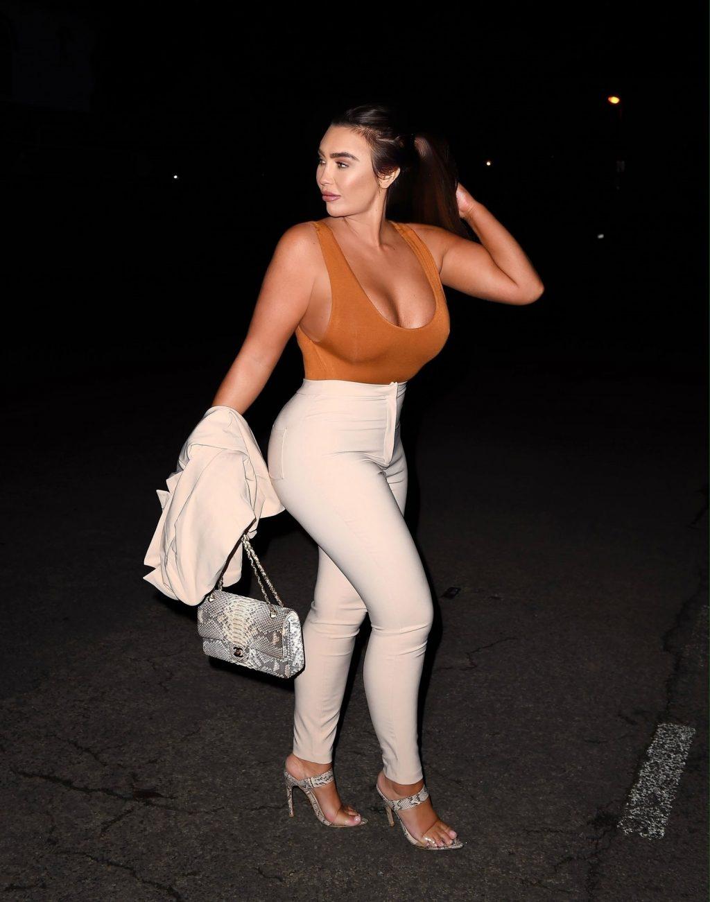 Lauren Goodger Sexy (16 Photos)