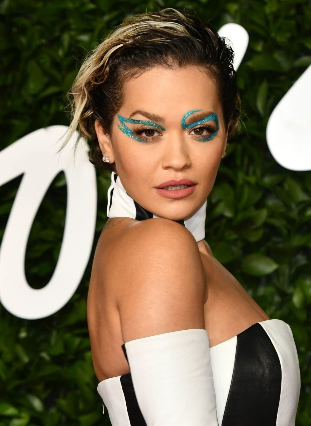 Rita Ora Sexy (176 Photos)