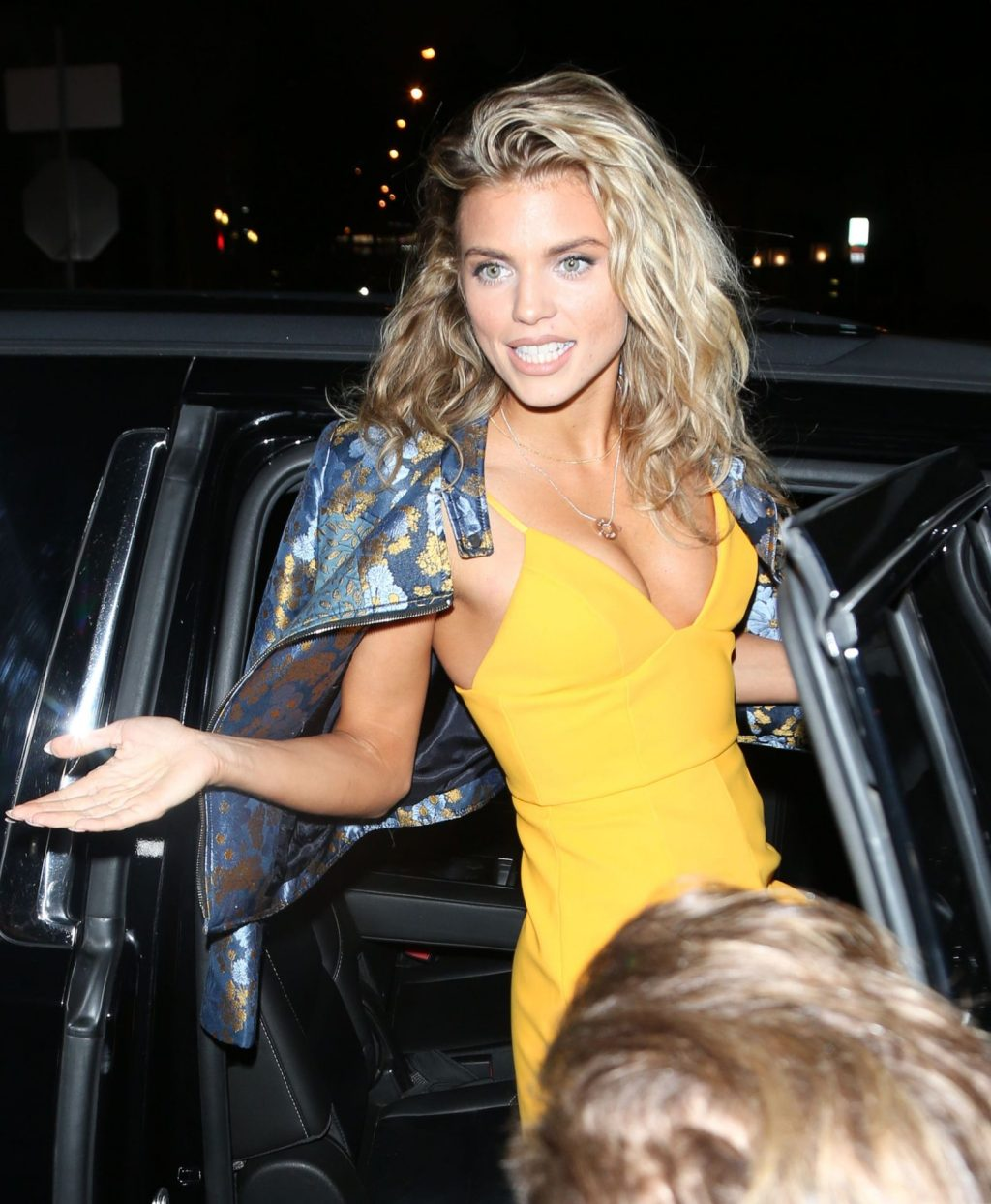 AnnaLynne McCord Sexy (47 Photos)