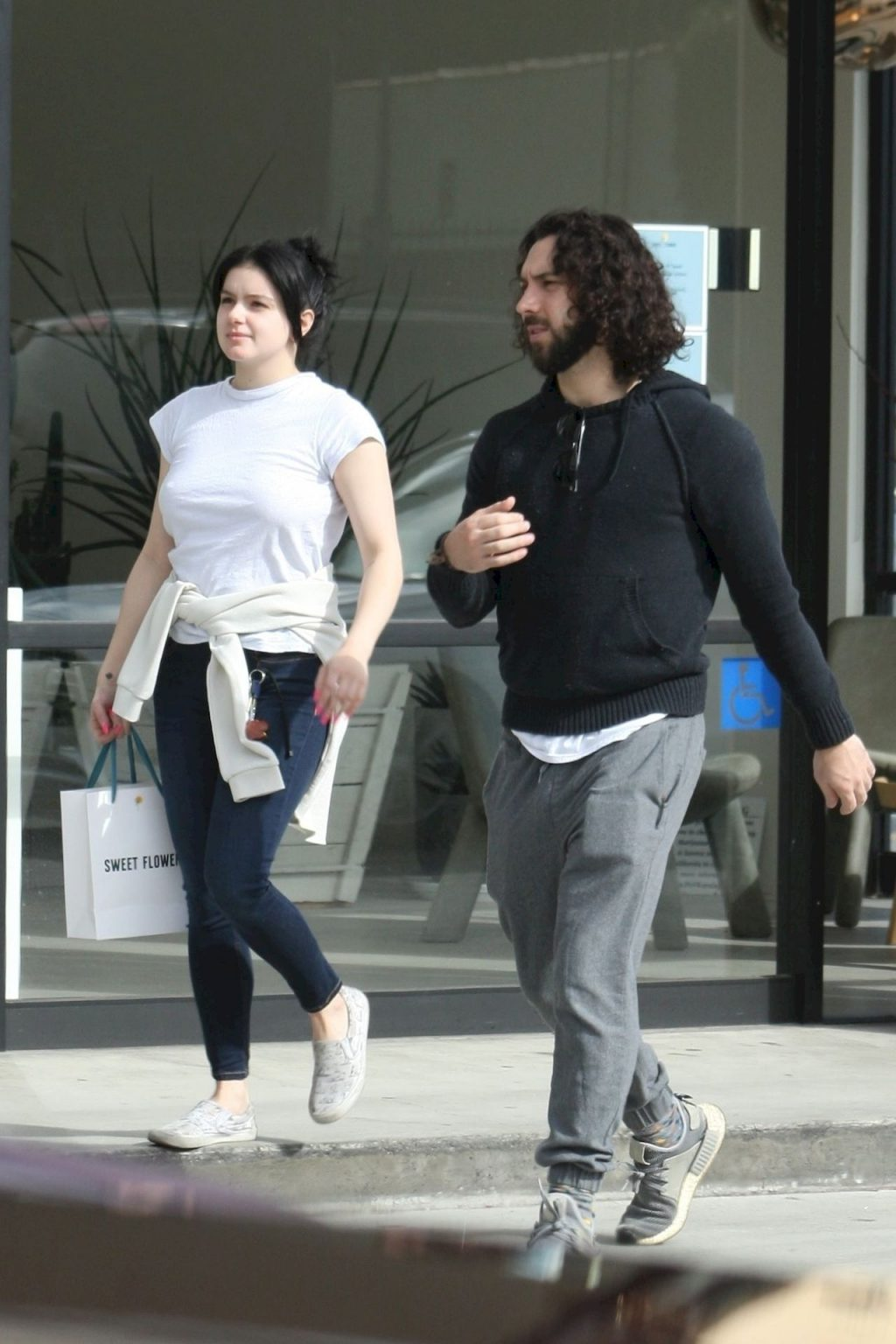 Ariel Winter Stocks Up on Cannabis and Groceries in Studio City (45 Sexy Photos)