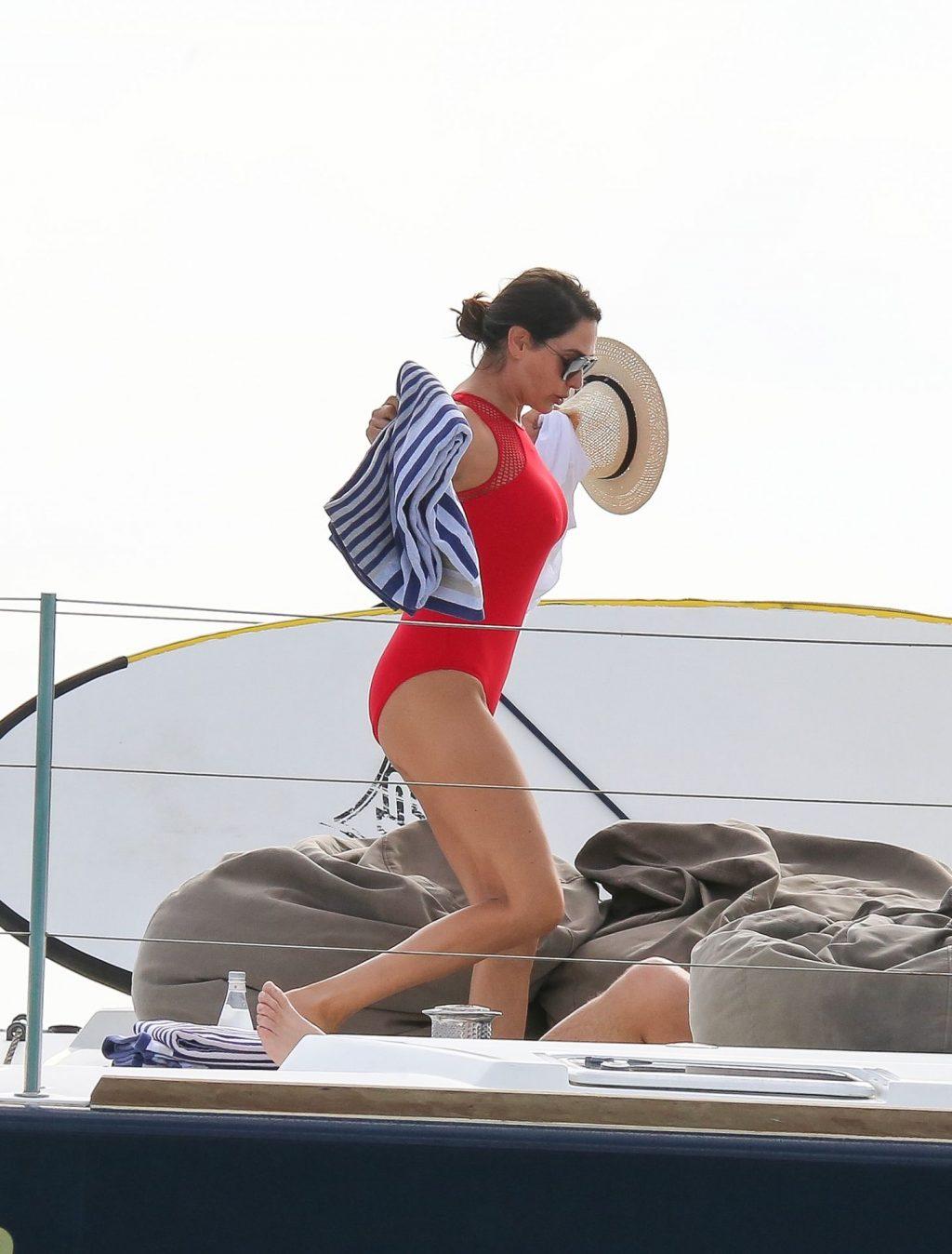 Lauren Silverman Sexy (115 Photos)