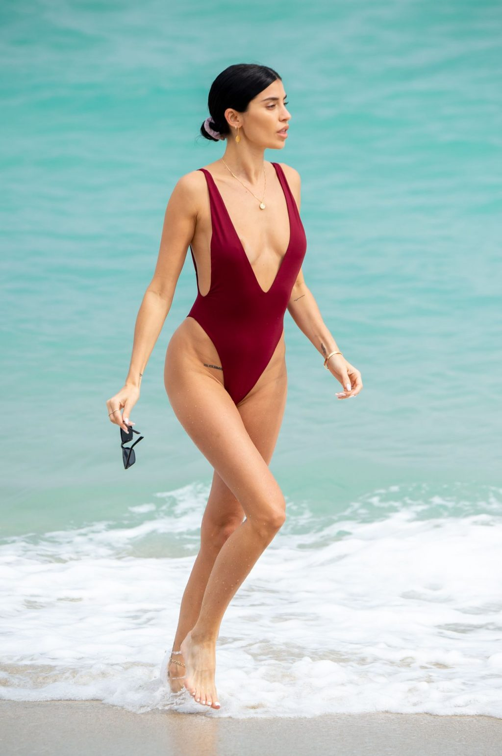 Nicole Williams Shows Off Her Amazing Curves in Miami (27 Photos)
