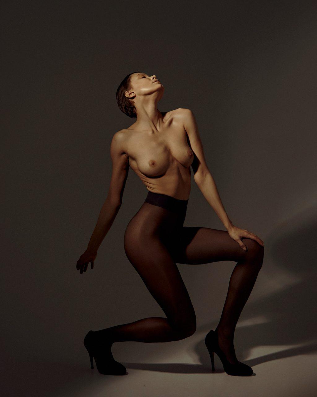 Oksana Chucha Nude (7 Photos)