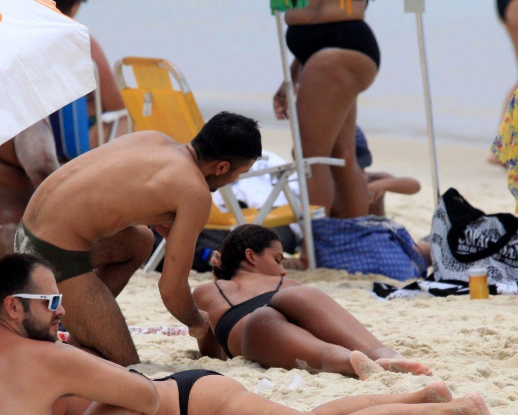 Sexy Tina Kunakey Enjoys Her Vacation in Rio de Janeiro (90 Photos)