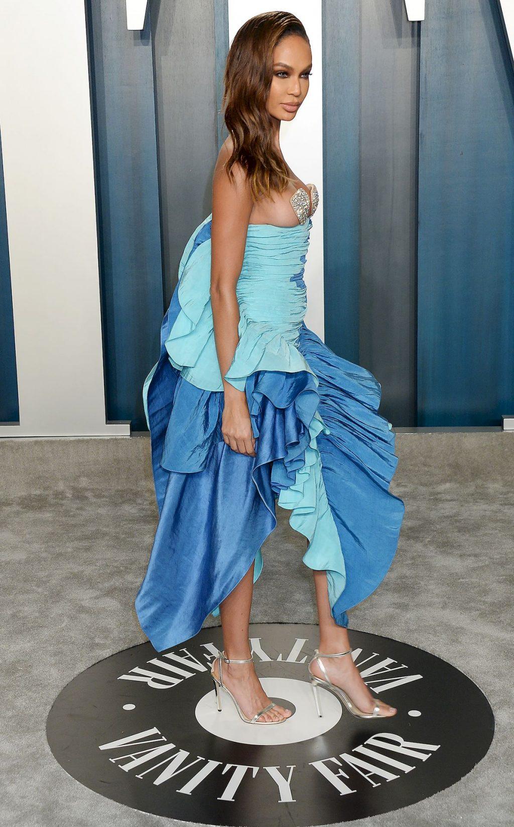 Joan Smalls Stuns at the Vanity Fair Oscar Party (4 Photos)