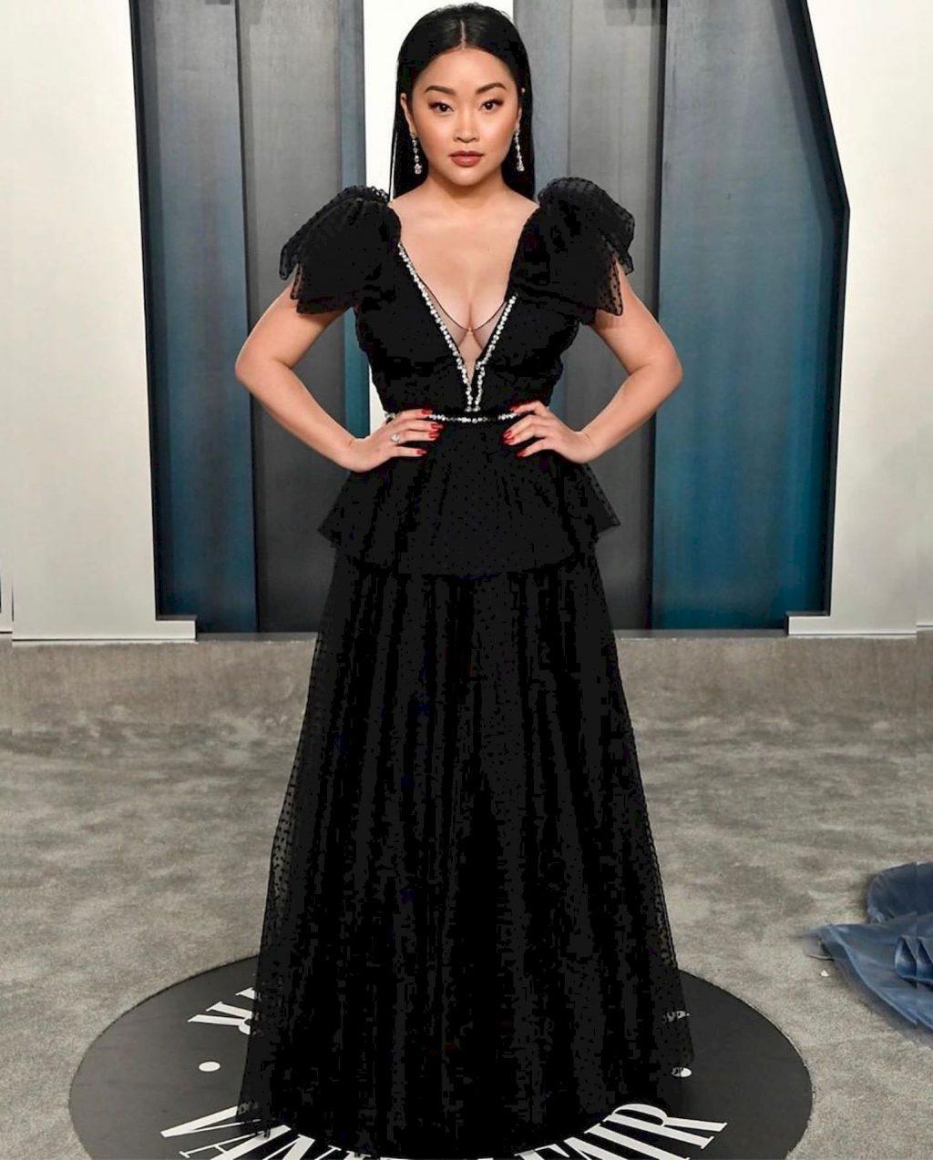 Lana Condor Displays Her Tits at the Vanity Fair Oscar Party (22 Photos)