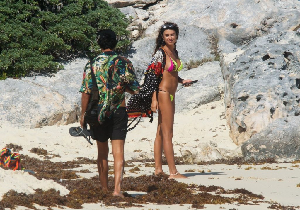 Thaila Ayala Frolics in the Sun with Hubby Renato Goés in Tulum (39 Photos)