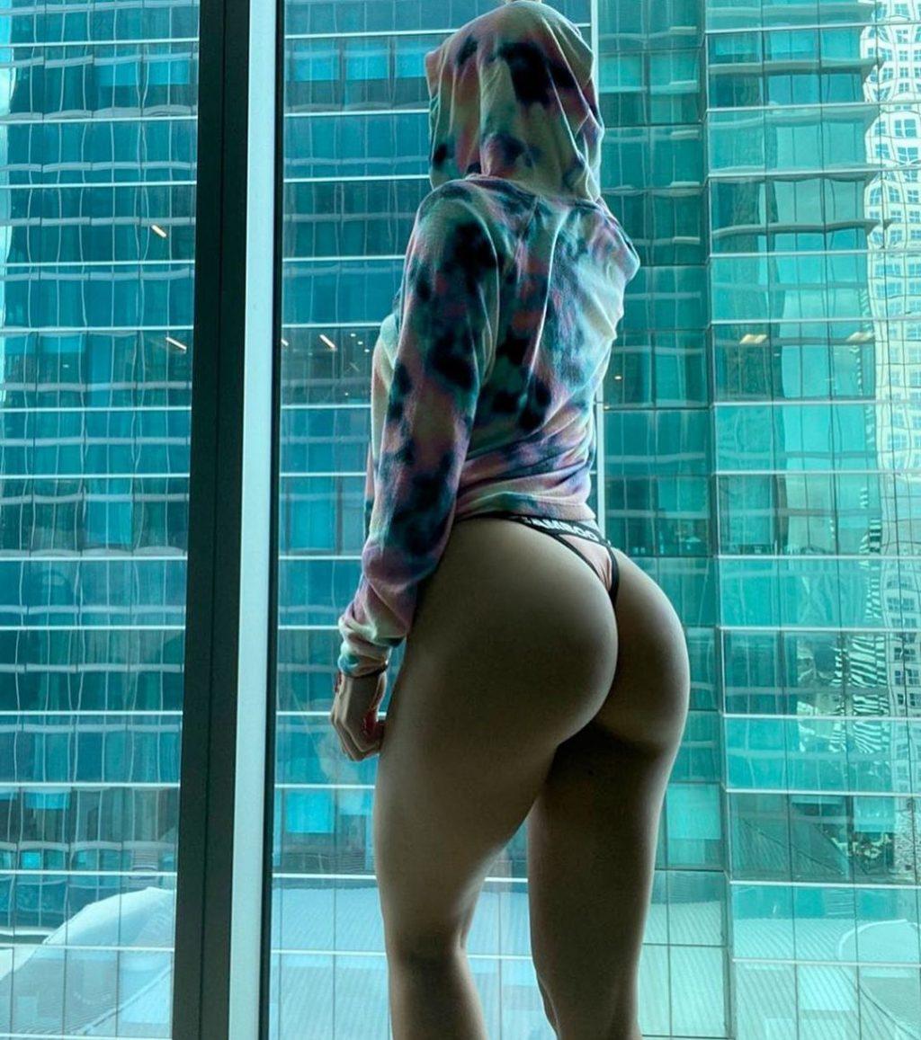 Yanet Garcia Sexy (10 Photos + Videos)