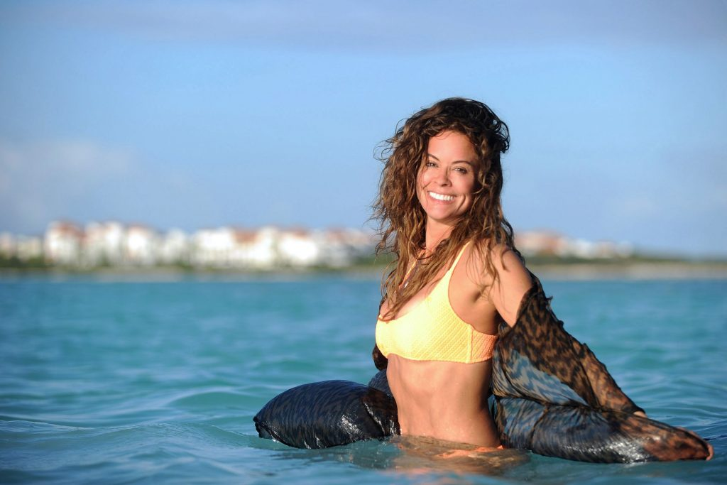 Brooke Burke and her Girlfriends are Having fun During a Boat Trip (143 Photos)