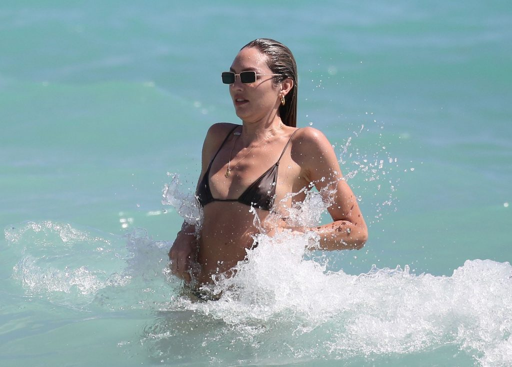 Candice Swanepoel Hits the Beach in Miami (66 Photos)
