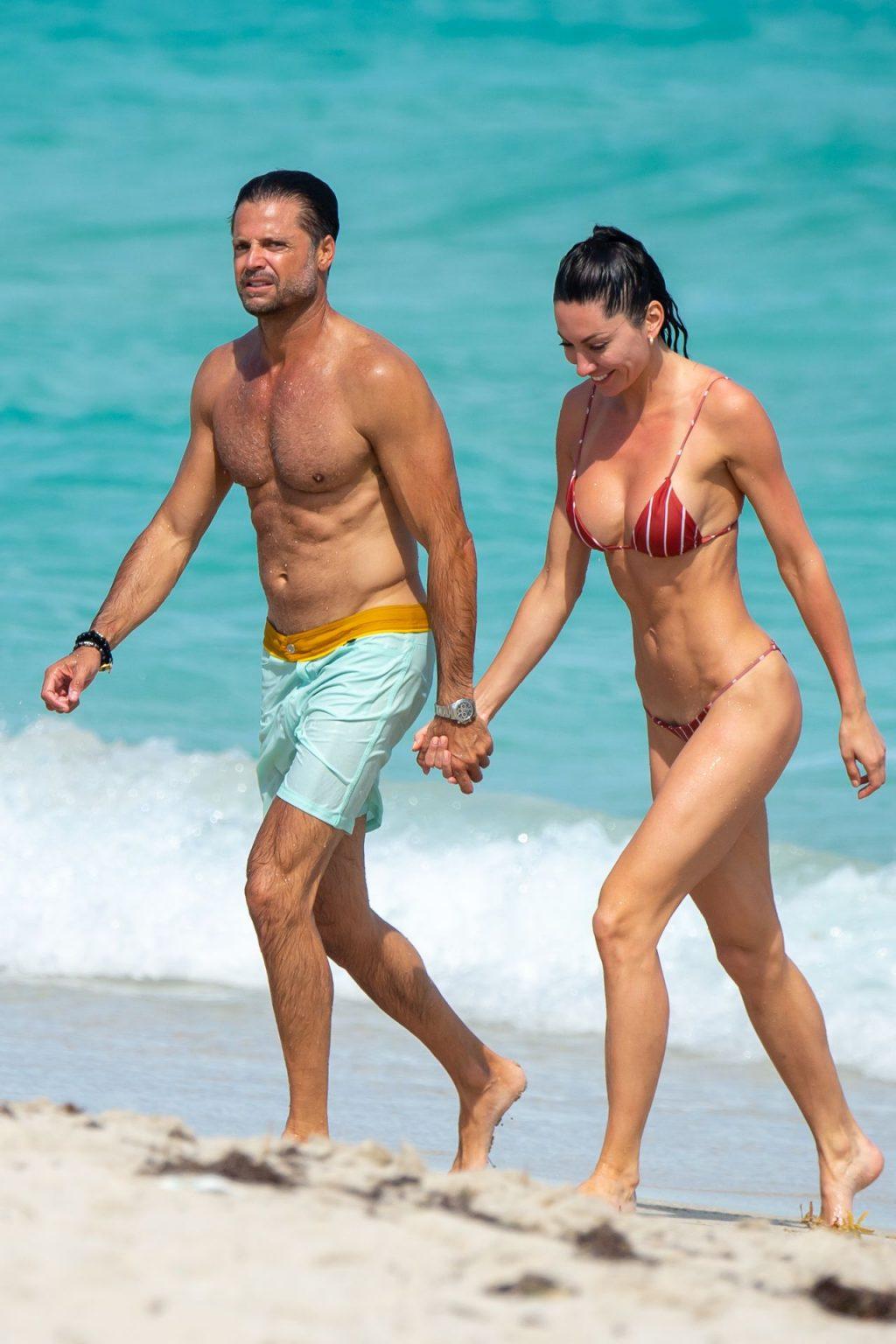 David Charvet Enjoys a Steamy Miami Beach Vacation with His Mystery Brunette (20 Photos)
