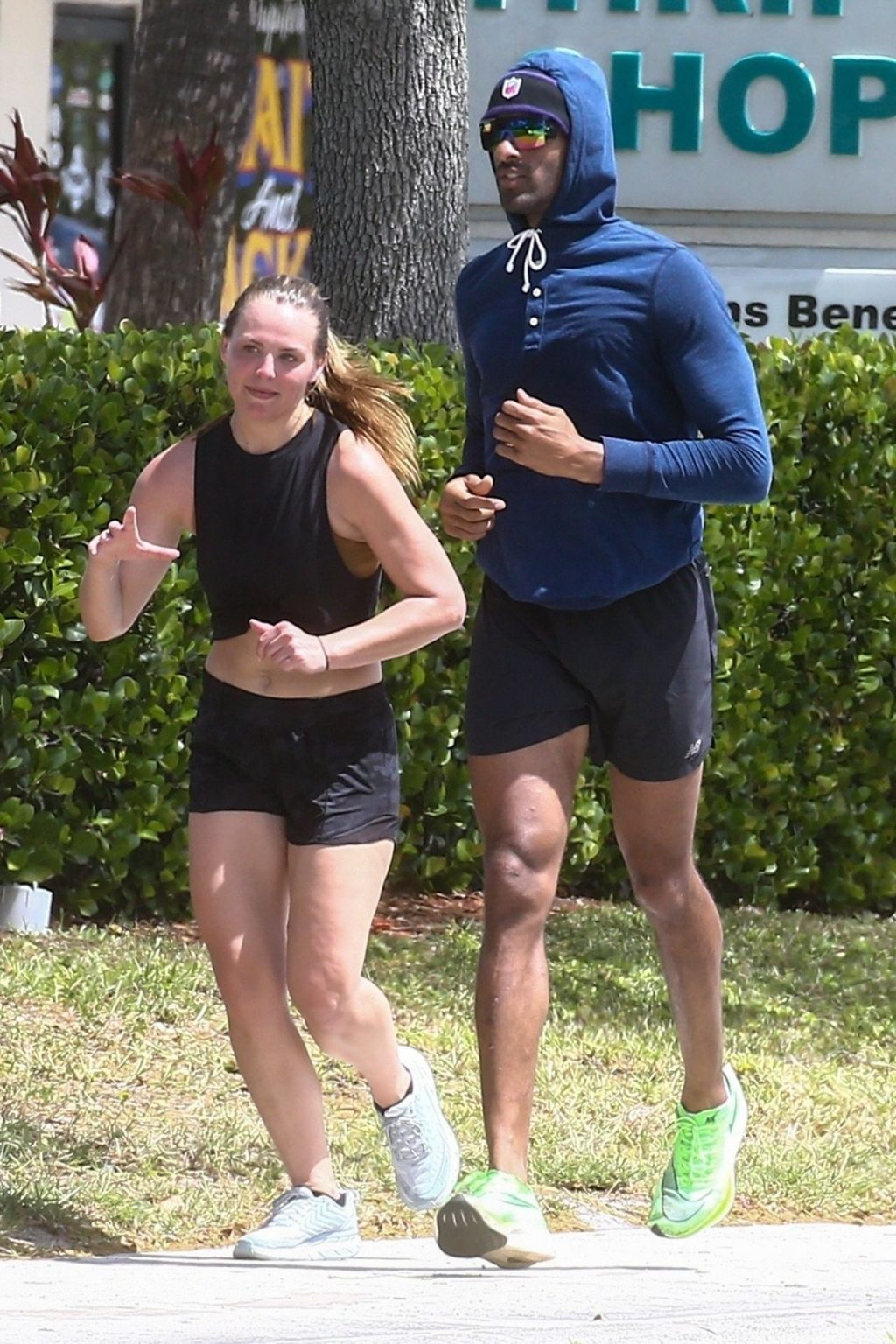 Hannah Brown Goes Jogging with her Trainer During Self-Quarantine in Florida (43 Photos)