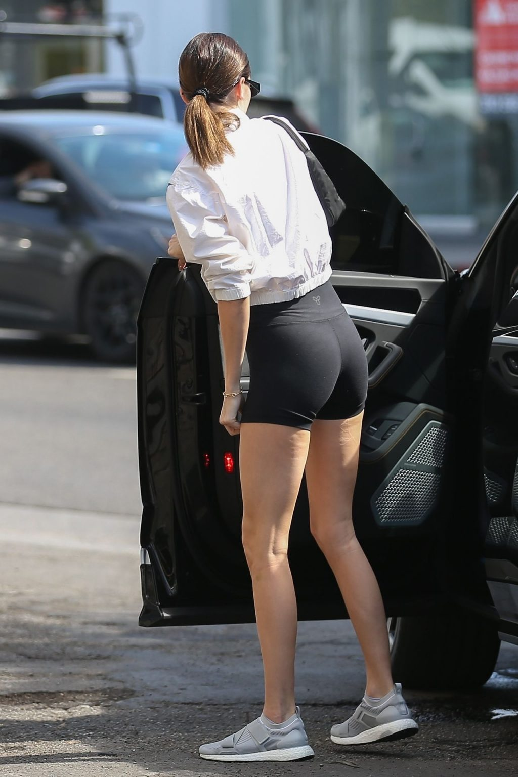 Kendall Jenner Showcases Her Cellulite Legs in Tiny Spandex Shorts in Los Angeles (114 Photos)