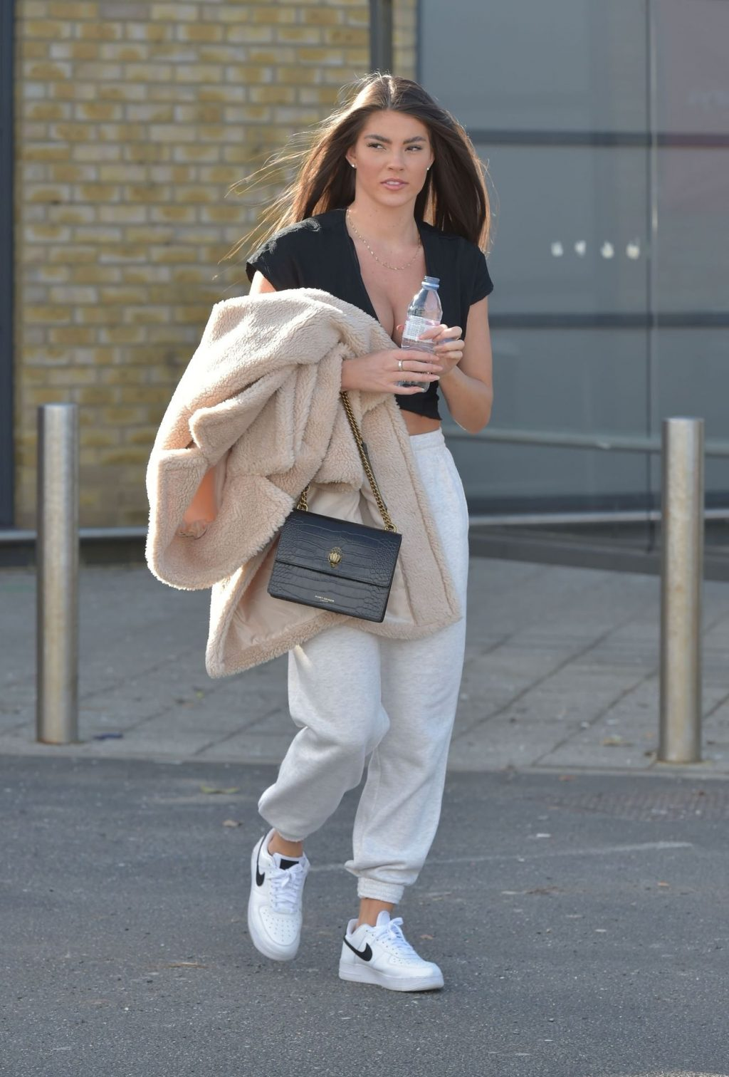 Rebecca Gormley is Seen Heading to Sainsbury's in Newcastle (34 Photos)