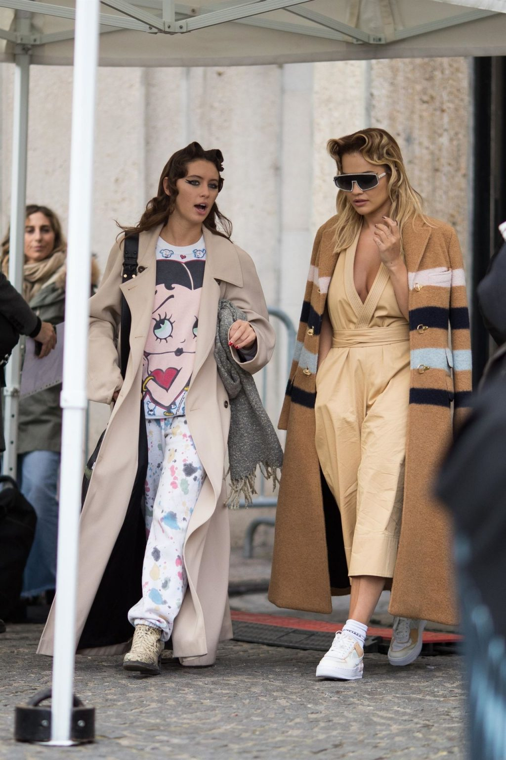 Rita Ora Pictured During the Miu Miu Fashion Show (13 Photos)