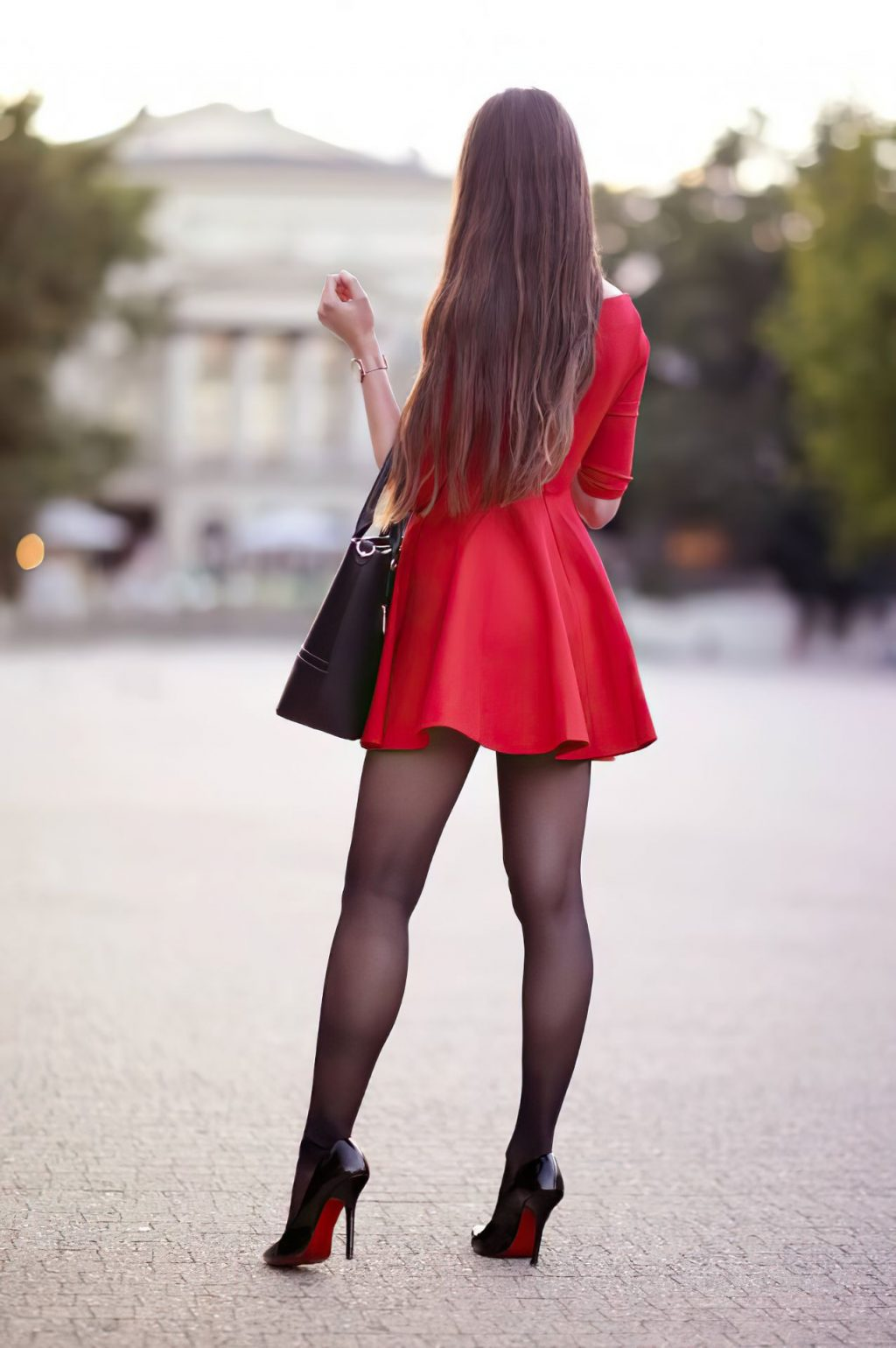 Sexy Ariadna Majewska Poses in a Red Dress (13 Photos)