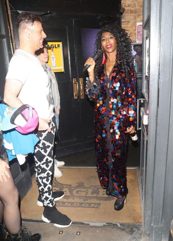 Sinitta Performs in London (18 Photos)