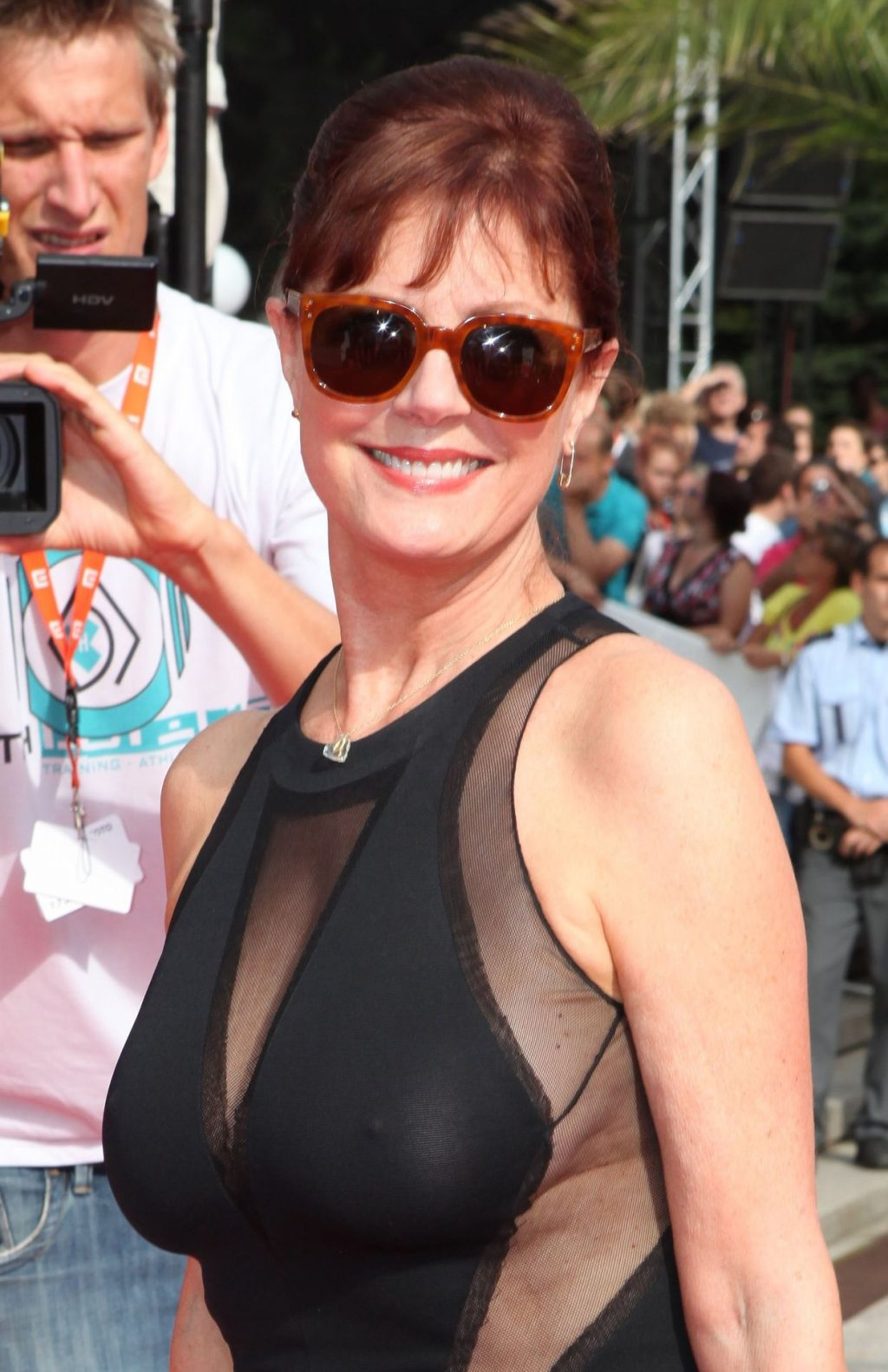 Susan Sarandon Shows Her Old Tits at the Film Festival (5 Photos)