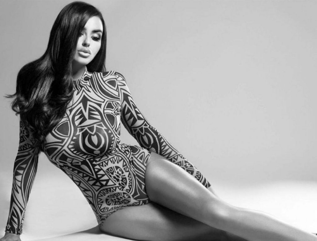 Abigail Ratchford See Through & Sexy (9 Photos)