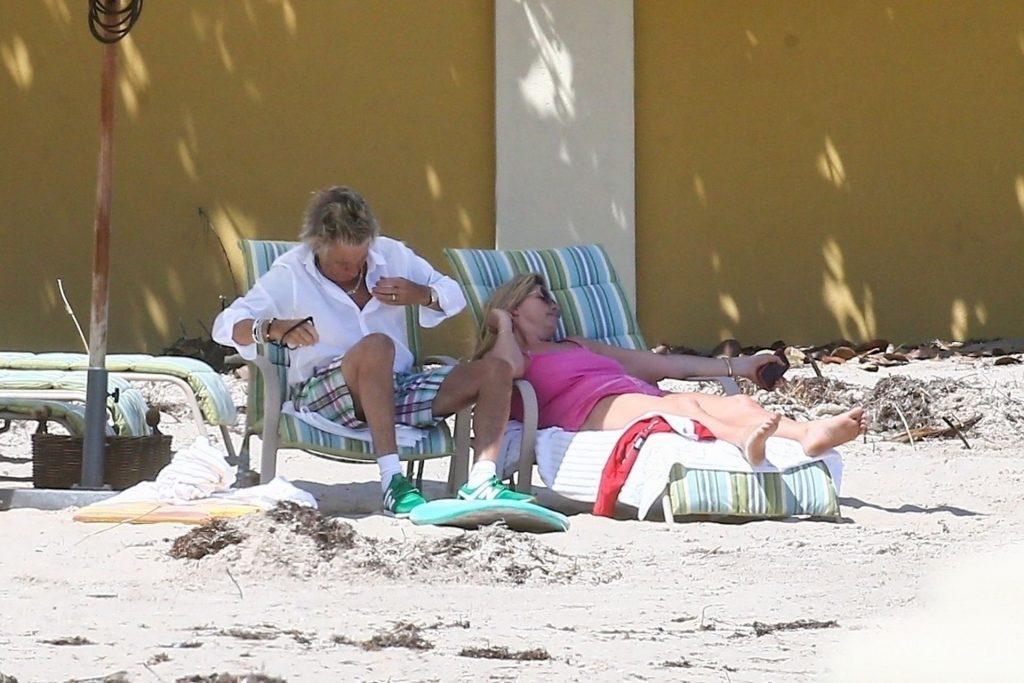 Beach is Still Open For Rod Stewart and the Family (17 Photos)