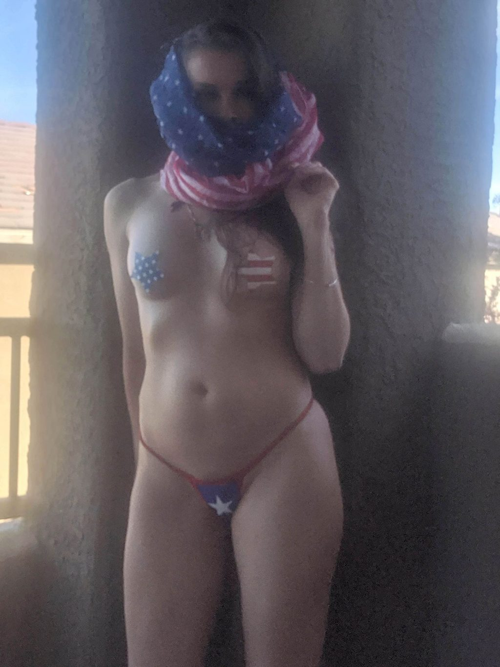 Alicia Arden Spends Memorial Day Weekend Sequestered And Nearly Naked (12 Photos)