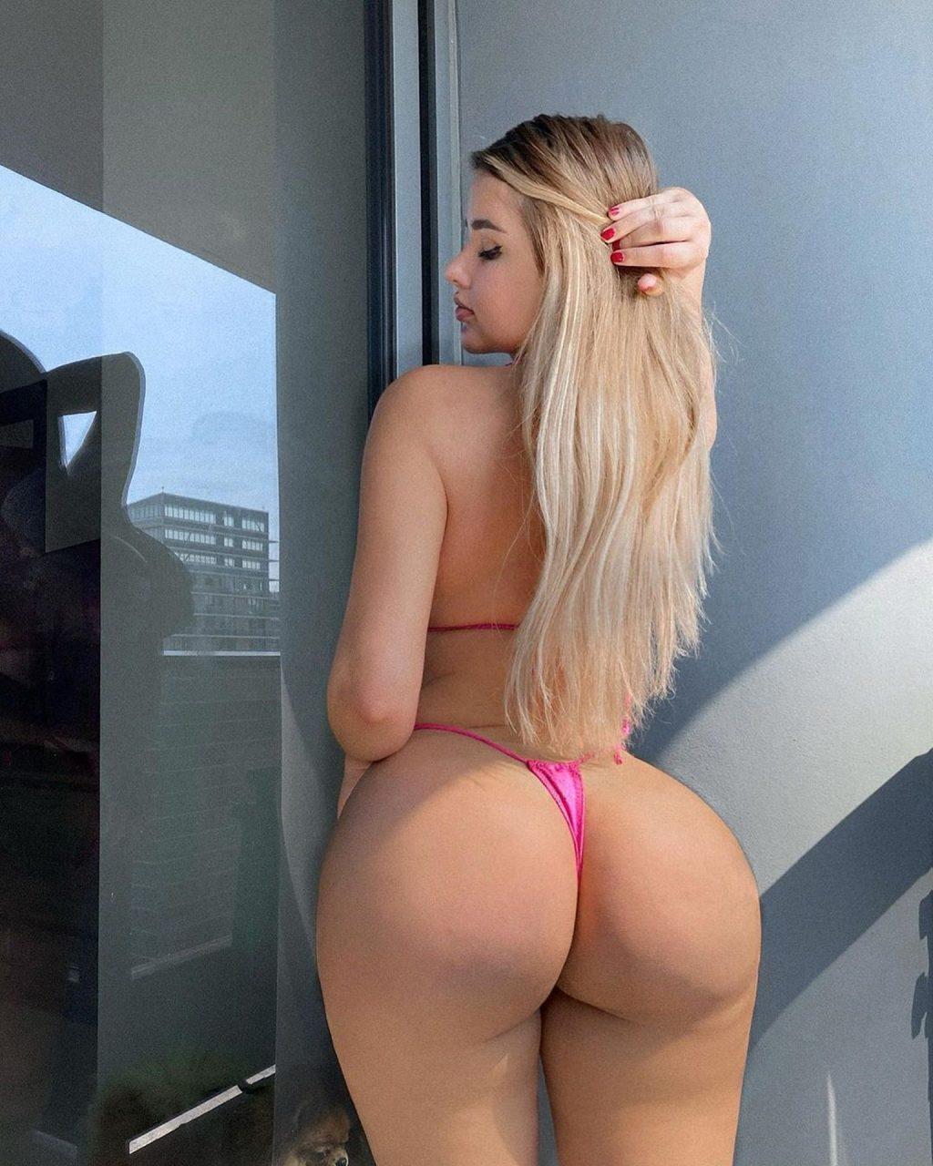 Anastasia Kvitko Sexy (19 Photos)