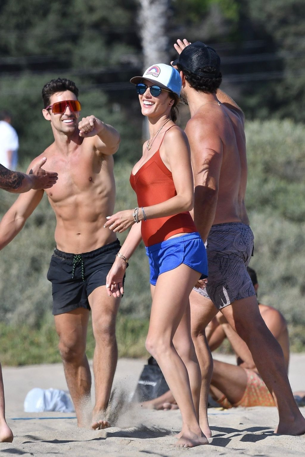 Alessandra Ambrosio Plays Volleyball at the Beach with Friends (70 Photos)