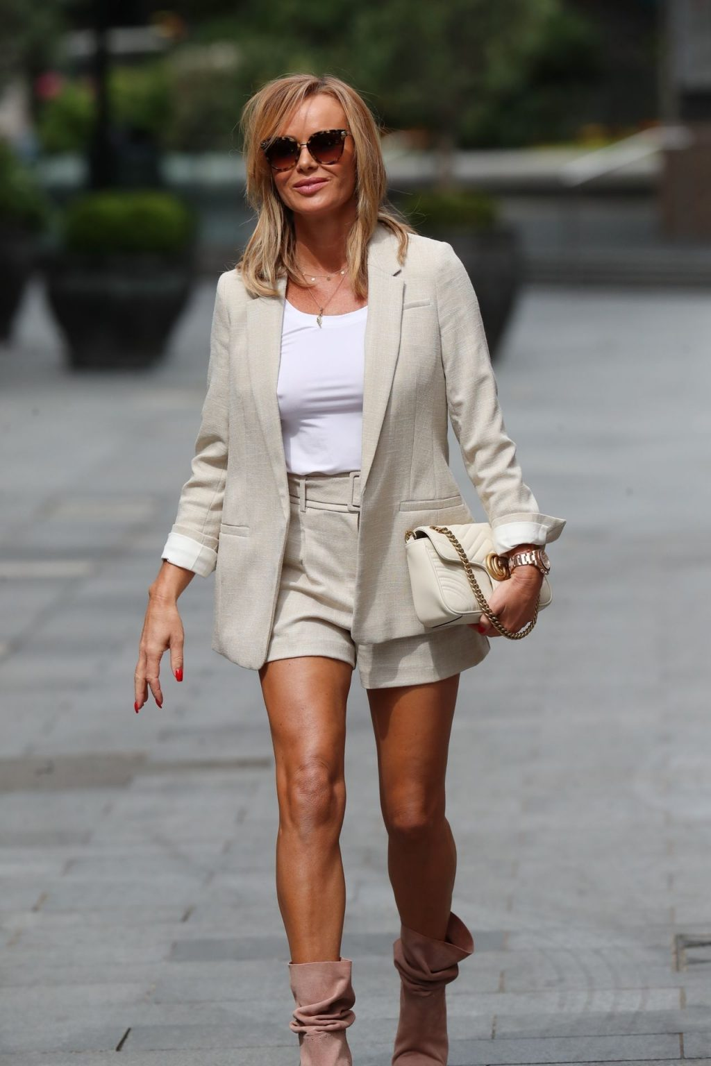 Braless Amanda Holden Is Spotted at Global Radio (83 Photos)