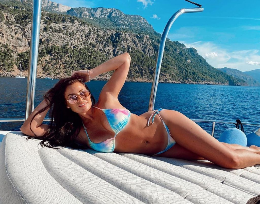 Jessica Wright Enjoys a Her Spanish Sunshine Break on Holiday with Her Beau in Mallorca (43 Photos)