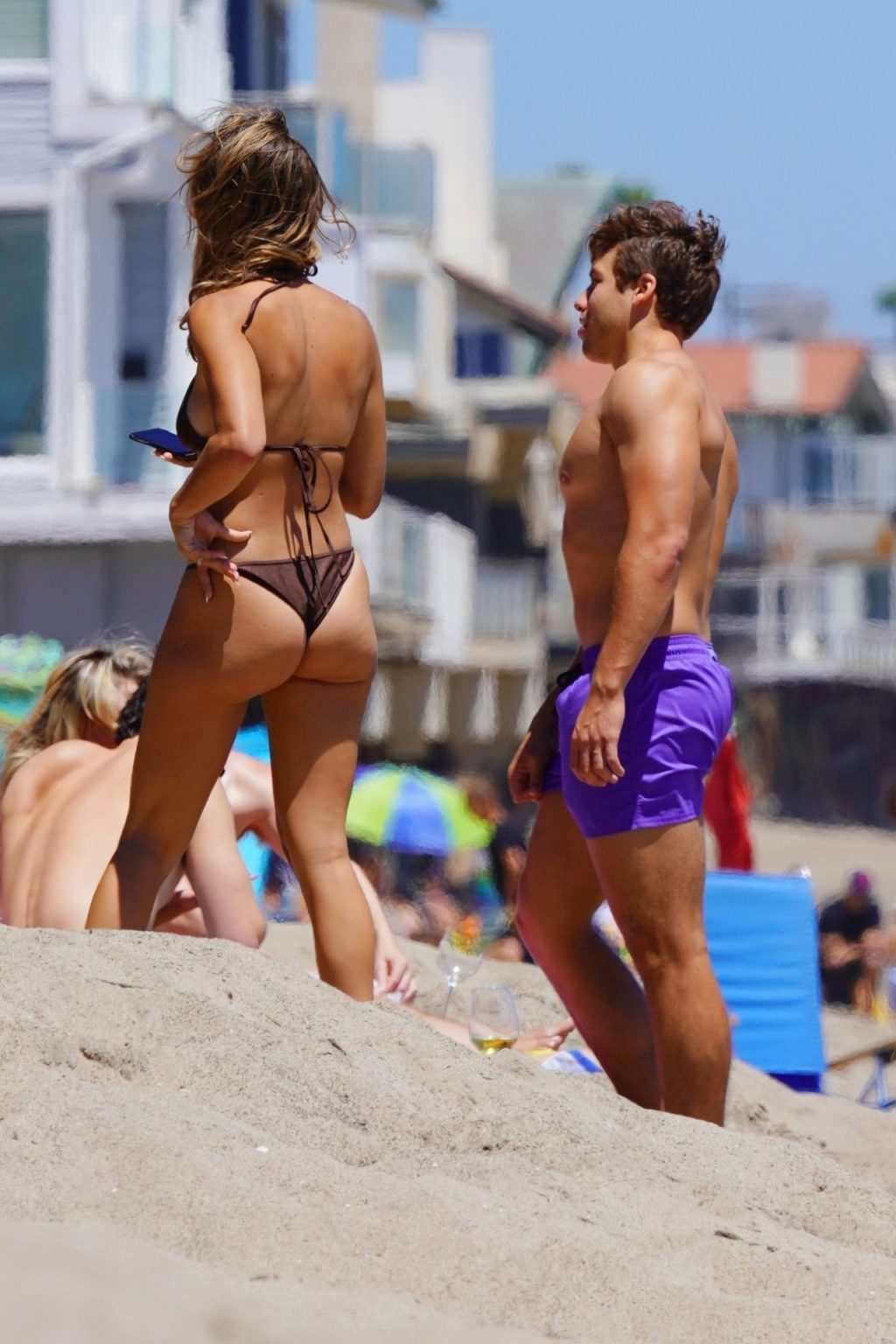 Joseph Baena & Nicky Dodaj Enjoy a Day in Malibu (7 Photos)