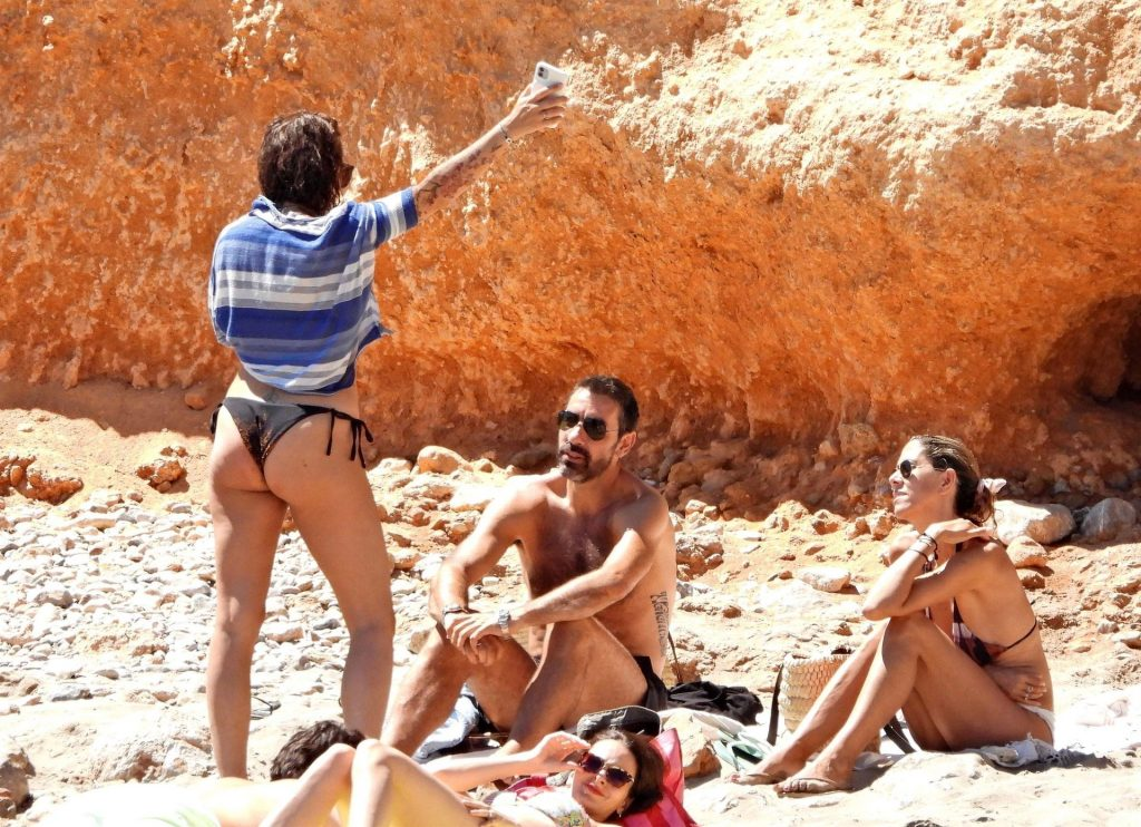 Robert Pires & Jessica Lemarie Enjoy a Day in Ibiza (36 Photos)