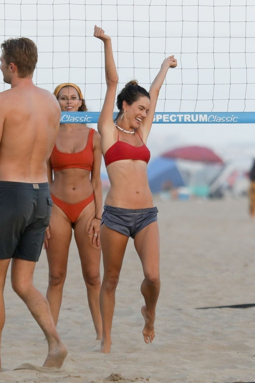 Alessandra Ambrosio Enjoys a Fun Day at the beach with Her Friends (138 Photos)