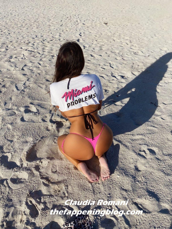 Claudia Romani Models for Miami Problems in Miami Beach (10 Photos)