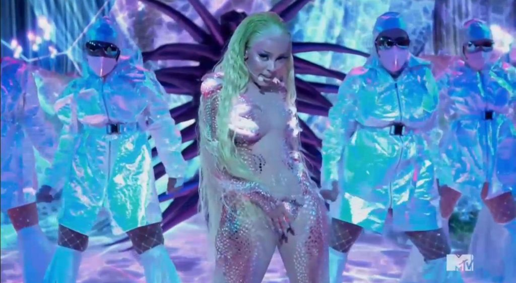 Doja Cat Performs for the First Time Ever at the MTV VMAs (19 Pics + Video)